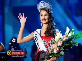 Stefanía Fernandez, Miss Universo 2009