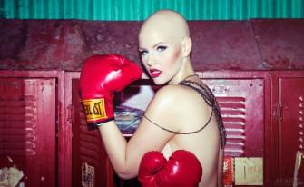 Elly Mayday sigue modelando a pesar de tener cáncer